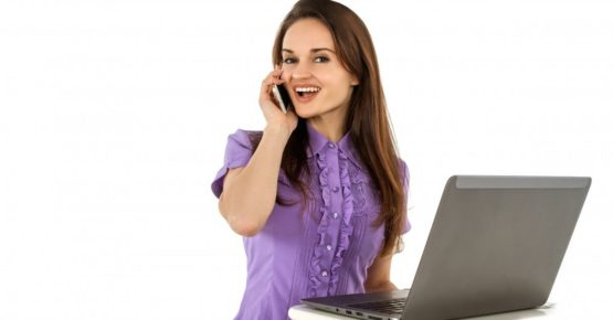 Professional Answering Service Phone Operator